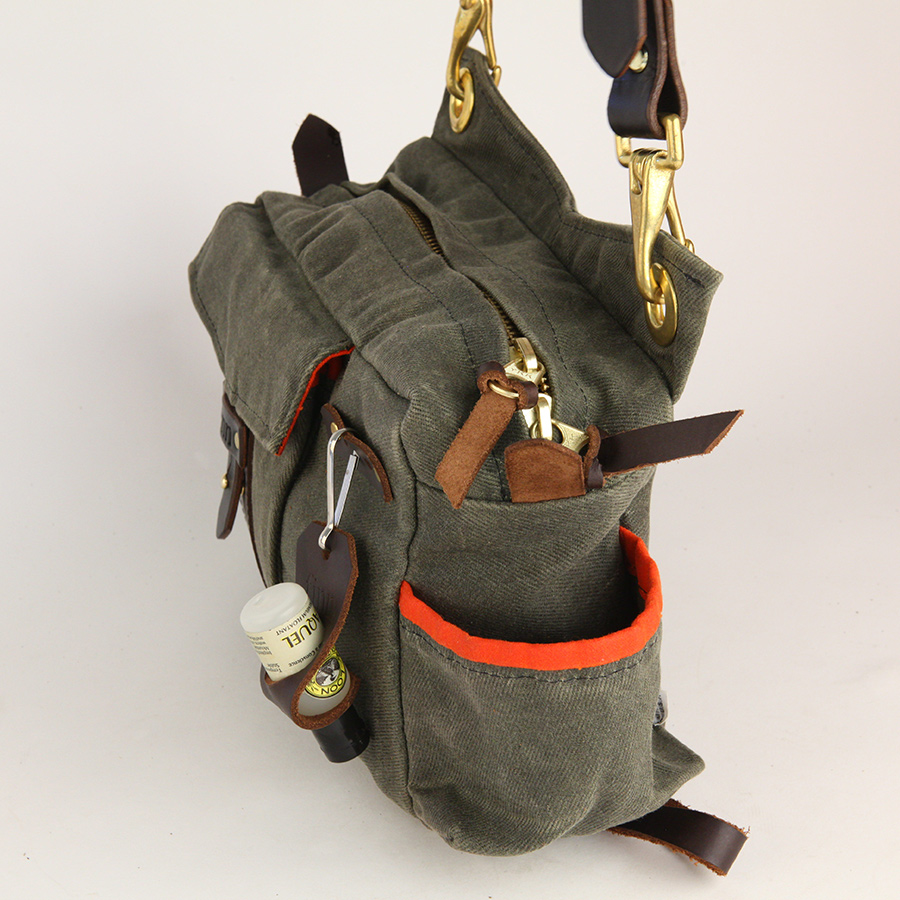 Finn essex side bag finn fly fishing products for Fly fishing bag