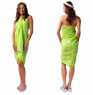 "Spring Leaves Sarong ""Light Green / White"""