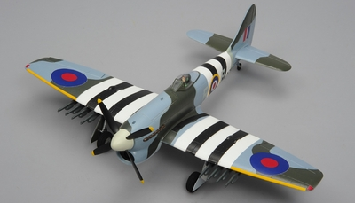 Airfield Tempest 4 Channel RC Warbird Airplane Almost Ready to Fly 800mm Wingspan RC Remote Control Radio