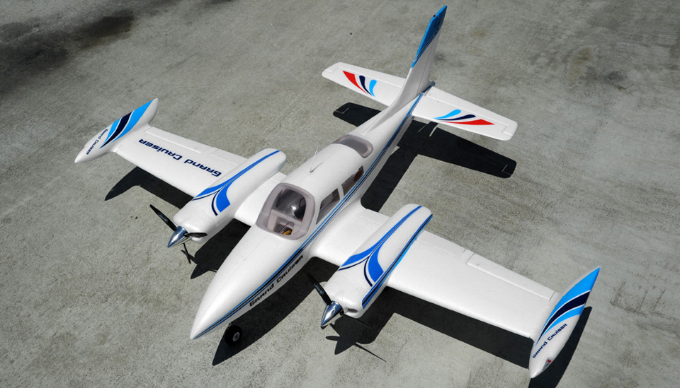 rc rtf electric airplanes with 60a Dy8935 Grandcruiser Arf Eretract on 95a360 800 A1 Blue Rtf 24g also 60a Dy8933 A10 Green Rtf 24g Eretract additionally Item moreover Attachment besides 627952.