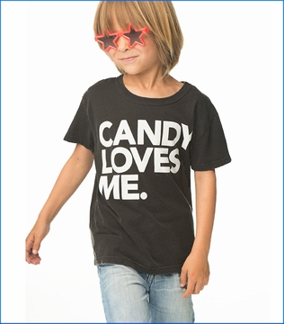 Chaser, Candy Loves Me Tee in Vintage Black