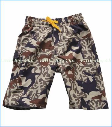 Wes & Willy, Camo Sharks Swim Trunk in Khaki (c)