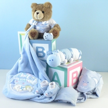 Coordinated 8 Piece Boys Layette Set