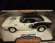 AmMuscle 29031     --     1971 'Cuda 383  /  Millennium Cuda 2000 Made For 2000   1:18