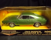 AmMuscle 32255     --     1969 Dodge Charger R/T  / Ertl Collectibles 1 of 3,749    1:18