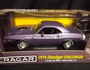 AmMuscle 33701     --     1970 Dodge Challenger  / Limited Edition 1 of 5000    1:18