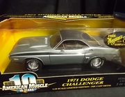 AmMuscle 36512     --     1971 Dodge Challenger  / Serialized Chassis 1 of 4,998   1:18