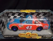 AmMuscle  7803   --     Richard Petty STP  25th Anniversary  1:18
