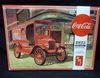AMT 1024/12     'Coca-Cola' 1923 Ford Model T Delivery    1:25