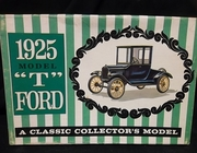 "AMT   --    1925 Model ""T"" Ford   1:25"