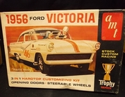 AMT 2156     --     1956 Ford Victoria  3'n1 Hardtop   1:25