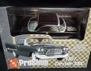 AMT 31278   --   1957 Chrysler 300C  Pre-Decorated   1:25
