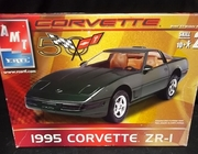 AMT 31827  --   1995 Corvette ZR-1  1:25