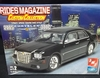 AMT 38367   --     2005 Chrysler 300C   1:25