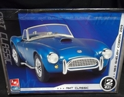 AMT 38423   --     1963 Shelby Cobra 289   1:25