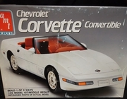 AMT 6144   --    1991 Corvette Convertible  1:25