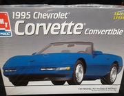 AMT 6538  --   1995 Corvette Convertible  1:25