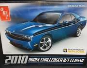 AMT 671/12   --     2010 Dodge Challenger R/T Classic  1:25