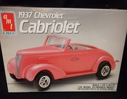 AMT 6744   --    1937 Chevy Cabriolet  3'n1  1:25