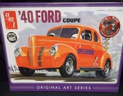 AMT 730/12    --      '40 Ford Coupe   Special Release includes print  1:25