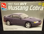 AMT 8231       --       1997 Ford SVT Mustang Cobra   1:25  (rough box)