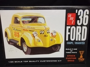 AMT 824/12   --     '36 Ford Coupe/Roadster  3'n1   1:25