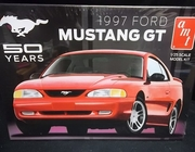 AMT 864/12    --    1997 Ford Mustang GT  1:25