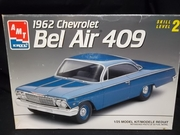 AMT 8716   --   1962 Chevy Bel Air 409   1:25
