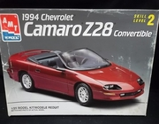 AMT 8938    --    1994 Chevy Camaro Z28 Convertible   1:25   (rough box)