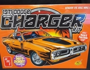 AMT 945/12   --   1971 Dodge Charger R/T  Dirty Donny   1:25
