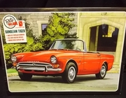 AMT 998/12    --    Sunbeam Tiger V8  2'n1    1:25