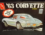 AMT A163     --      '63 Corvette Stingray   1:25