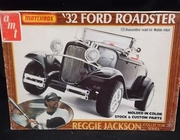 AMT PK-4180     '32 Ford Roadster   Reggie Jackson Collector Series  1:25