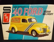 AMT T292     --     '40 Ford Sedan Delivery  1:25  (rough decals)