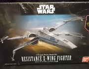 Bandai 202289      --   Resistance X-Wing Fighter   1:72