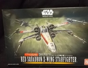Bandai 210522     --     Red Squadron X-Wing Starfighter   2 Kit Set   1:72 & 1:144