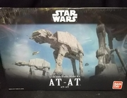 Bandai 214476       --     AT - AT    1:144