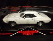 "Ertl 29019     --     ""Vanishing Point"" 1970 Challenger R/T  /  1 of 4500  1:18     (plastic torn on box)"