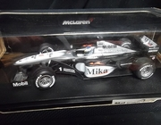 Hot Wheels 26739   --   Mika Hakkinen   McLaren   1:18