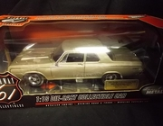Hwy 61 50214     --     1964 Dodge in Anniversary Gold    /    40th Anniversary Edition Limited to 708 Peices   1:18