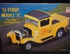 "Minicraft 11223    --    '31 Ford Model ""A"" Flat Head V-8 Pickup Truck   1:16"