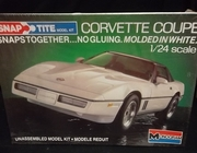 Monogram 1410    --    Corvette Coupe   SnapTite   1:24