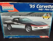 Monogram 2467     --     '95 Corvette Indy Pace Car   1:24