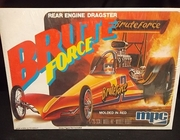 MPC 0703     --     'Brute Force' Rear Engine Dragster  1:25