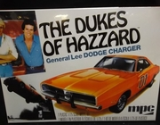 """MPC 706L/12     --     'General Lee' Dodge Charger """"The Dukes of Hazzard""""   w/Dixie Flag decal  1:25"""