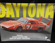 MPC 731    --     Charger Daytona    1:25    (parts off tree)
