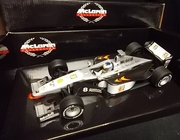 Paul's Model Art 27176     --     McLaren MP  #8  M. Hakkinen   1:18   (rough box)