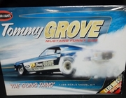 Polar Lights 852/12    --    Tommy Grove Mustang Funny Car   1:25