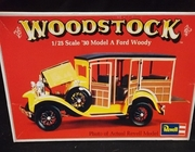 Revell  1324    --     'Woodstock'  1930 Model A Ford Woody   1:25