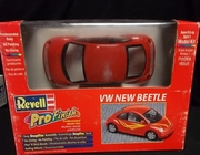 Revell 1337    --   VW New Beetle   PreDecorated SnapTite   1:24
